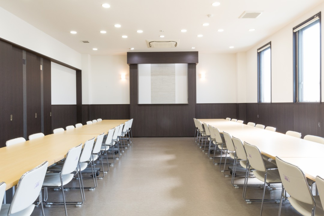 ティア半田南 会食室