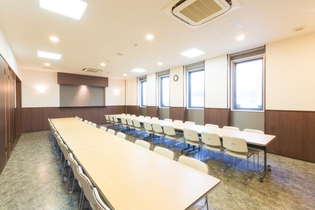 ティア半田北 会食室